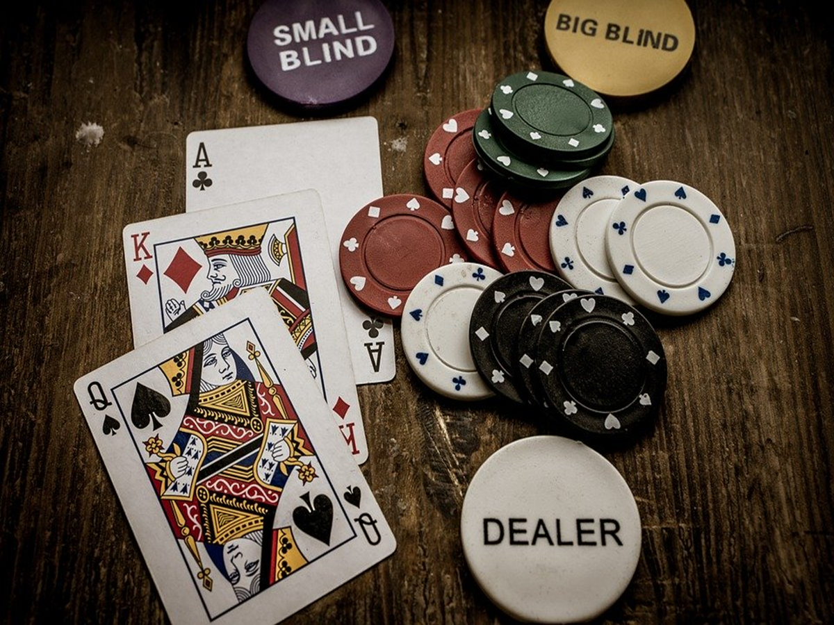 How Does an Online Casino Work